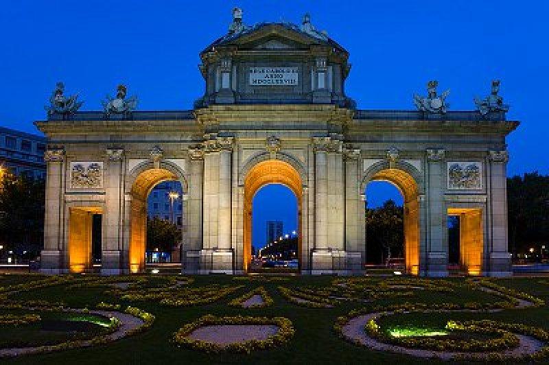 800x600-foto_8_7_madrid_puerta_de_alcala