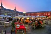 800x600-foto_8_10_madrid_plaza_mayor_terrazas